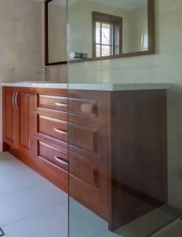 custom-vanity