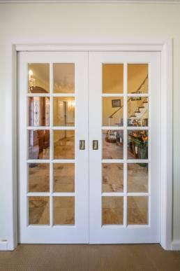 colonial-cavity-door-installation
