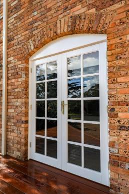 external-colonial-door-installation