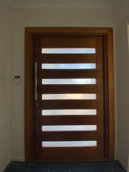 Pivot-Door-Installation